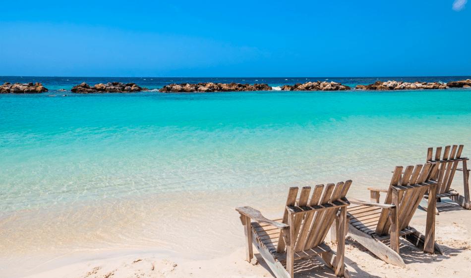 Mambo Beach - Diving Holidays