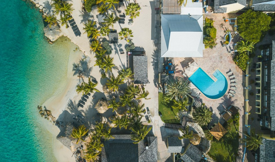 Lions Dive Beach Resort - Diving Holidays