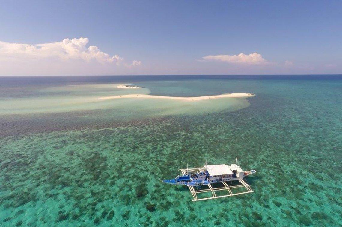 Duikreizen magic oceans dive resort diving holidays - Magic oceans dive resort ...