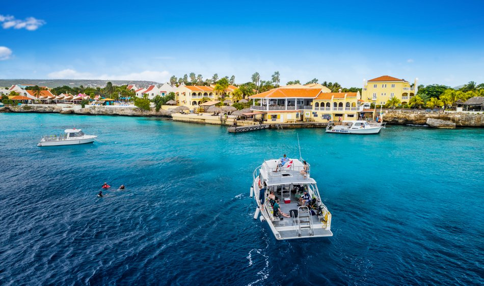 Buddy Dive Resort Bonaire - Diving Holidays