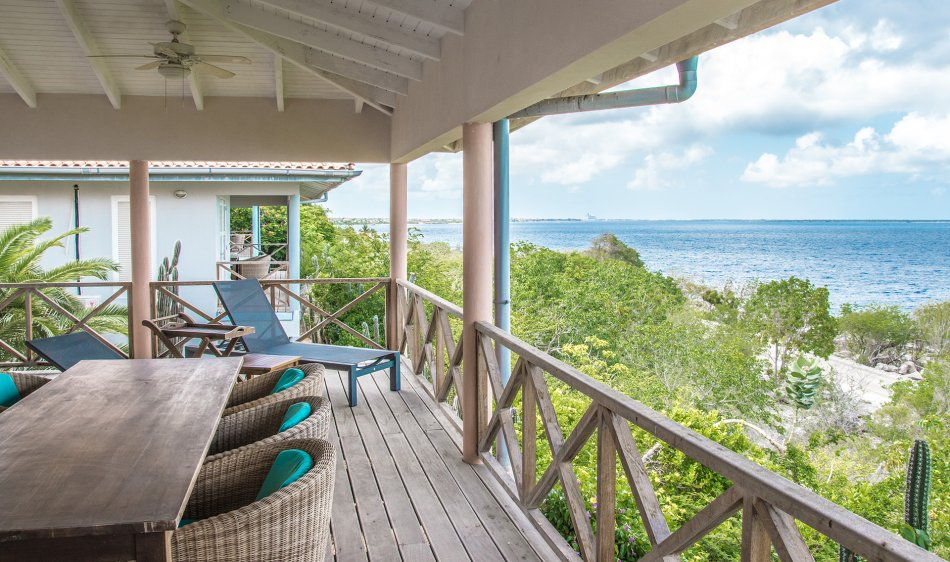 Caribbean Club Bonaire - Diving Holidays