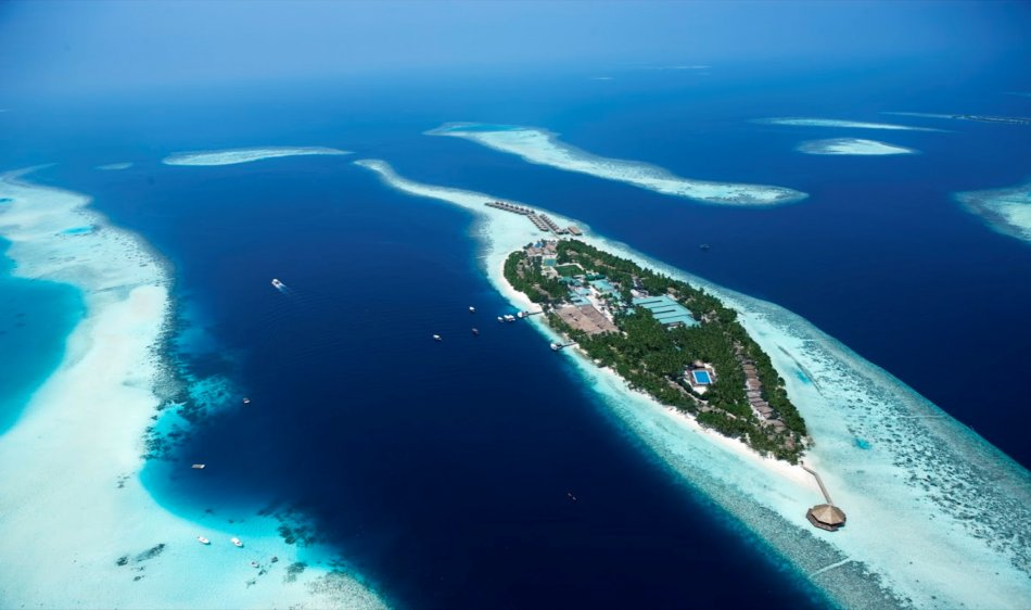 Vilamendhoo Island Resort - Diving Holidays