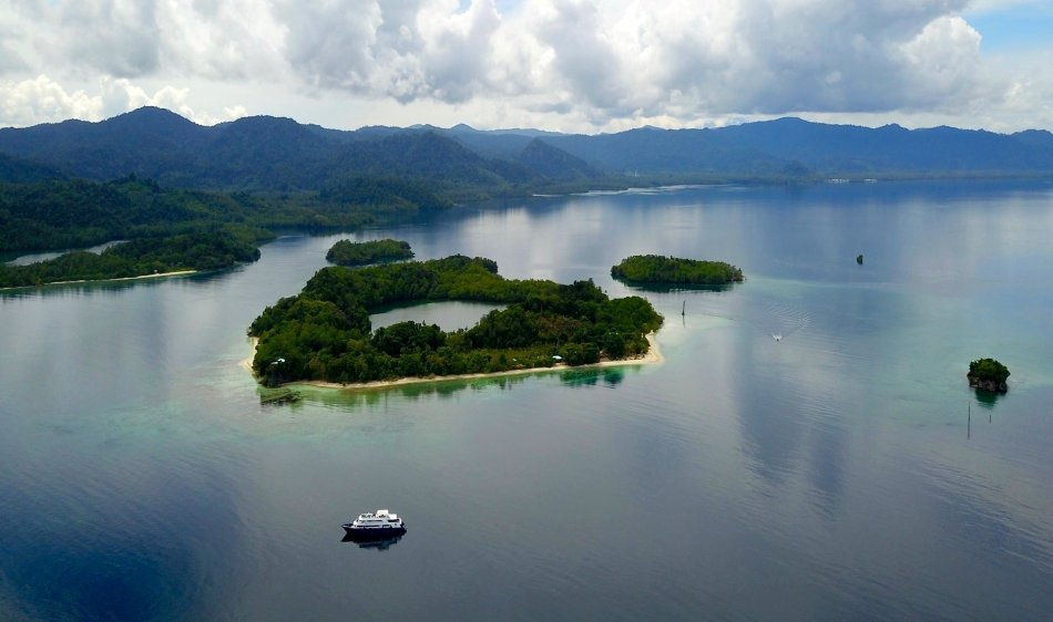 Maluku Explorer - Diving Holidays