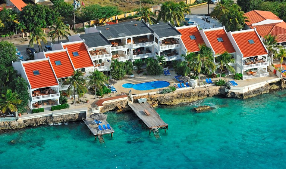 Belmar Oceanfront Apartments - Diving Holidays